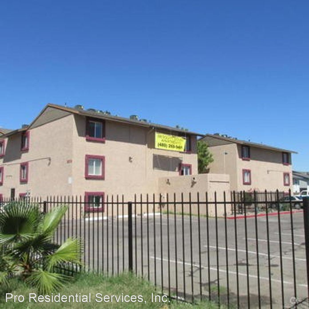 2502 W. Ocotillo Rd Attn: Leasing Office