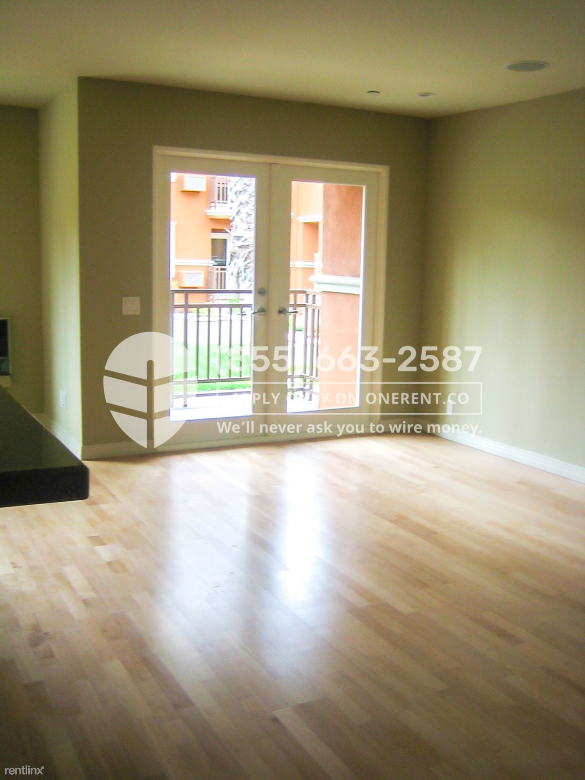 1835 Palm View Place Unit 109